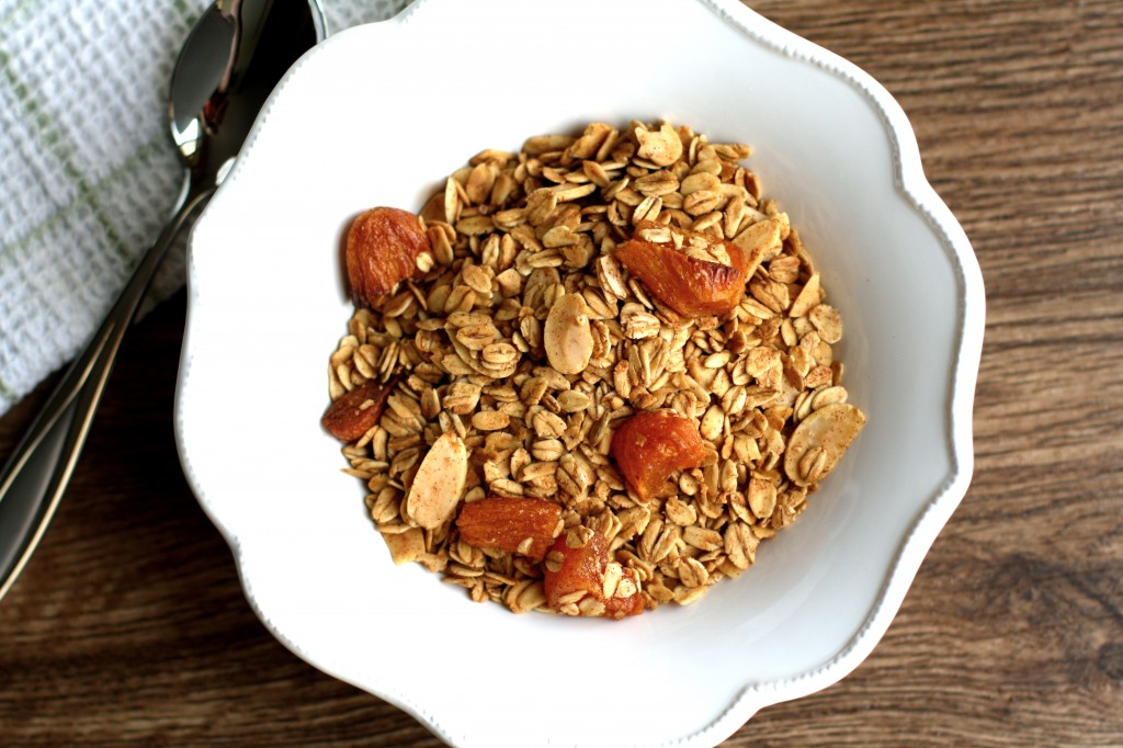 Apricot and Almond Granola